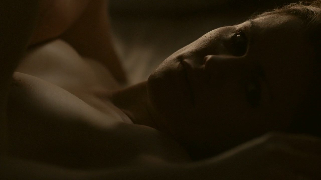 anna paquin nude in darkness