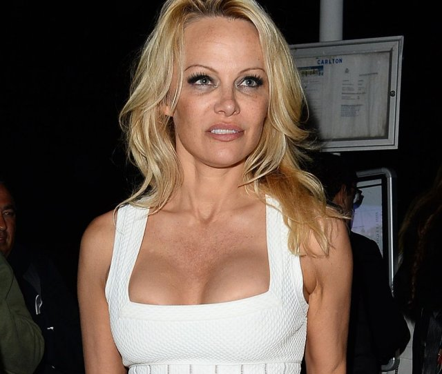 Loni Anderson Naked Breasts