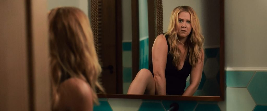 Amy Schumer Nude & Sexy – Snatched (2017) 1080p BluRay