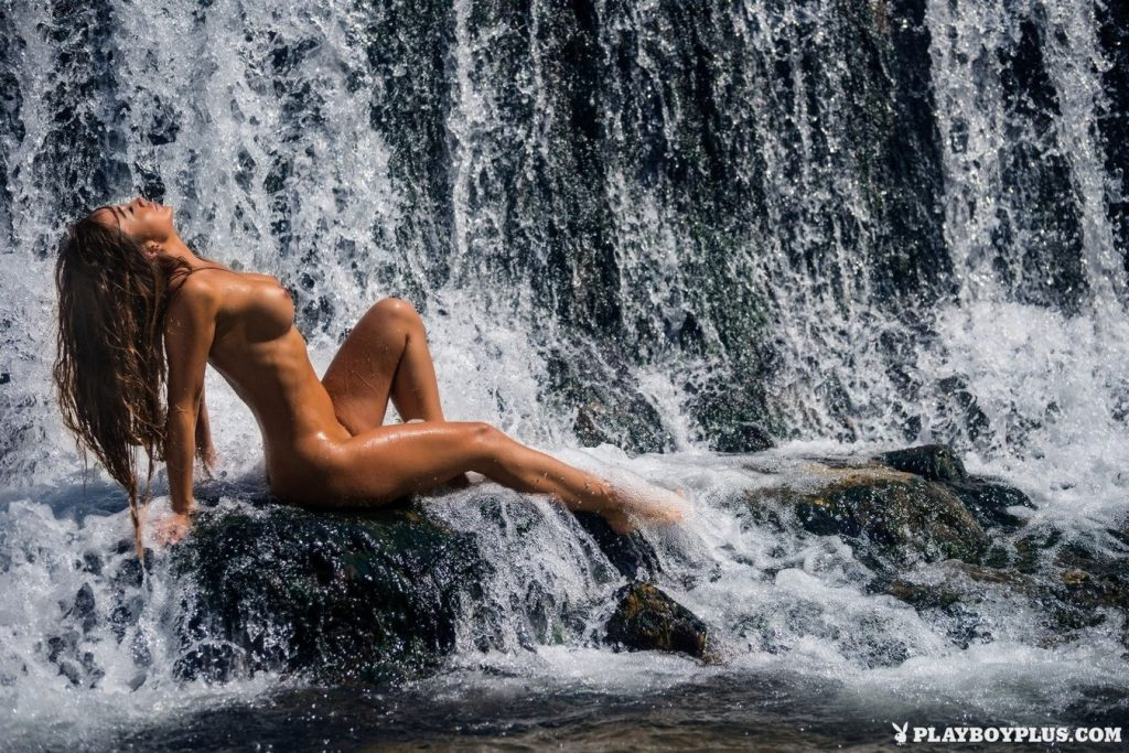 Arijana Marić Naked (11 Photos)
