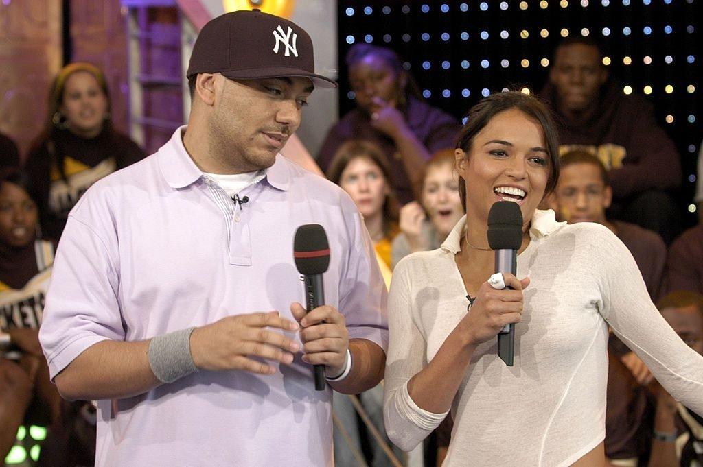 Michelle Rodriguez Braless (7 Photos + Video)