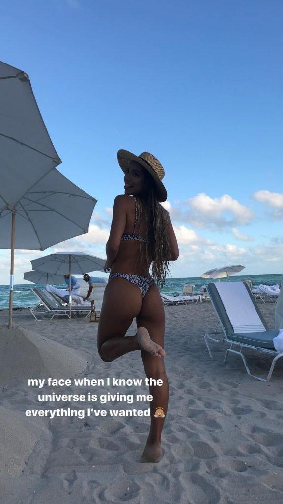 Erika Wheaton Sexy (20 Photos + Gif)
