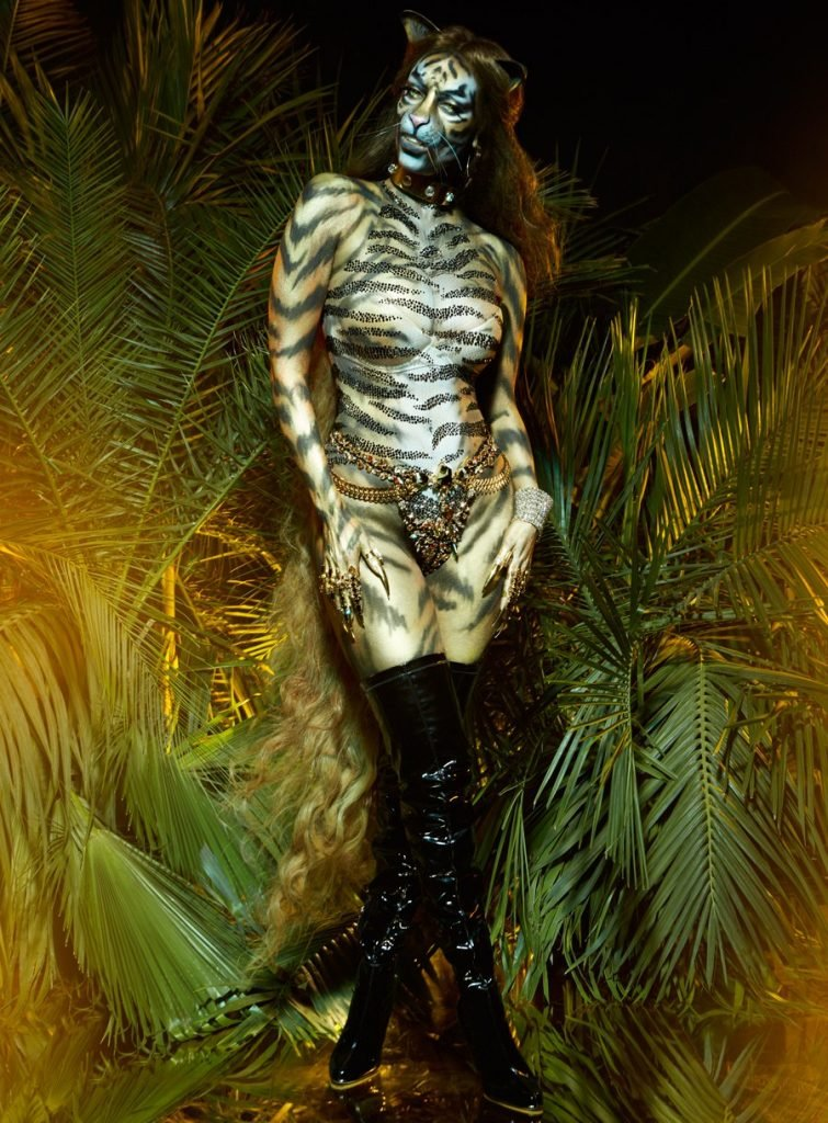 Tyra Banks Sexy (8 Photos)
