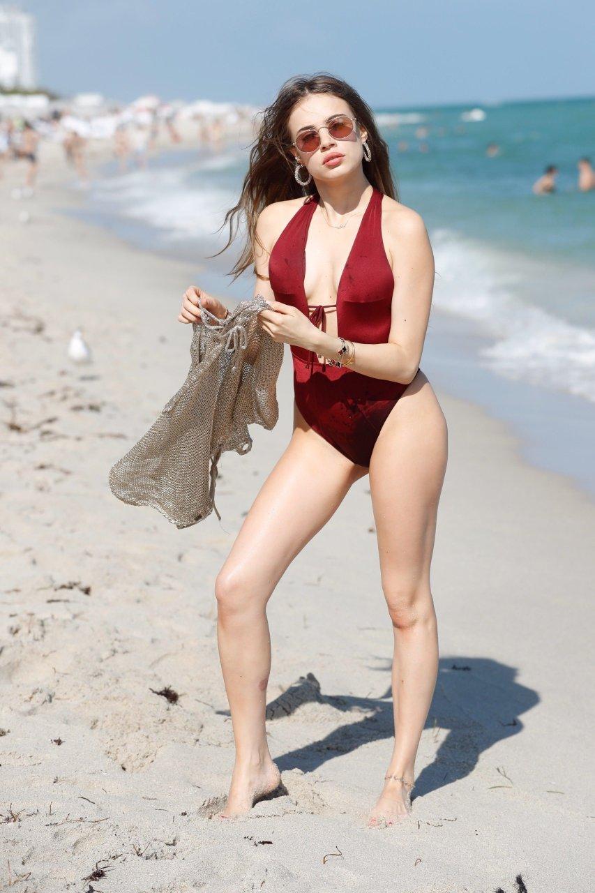 Video Xenia Tchoumitcheva naked (35 photos), Tits, Bikini, Twitter, braless 2017