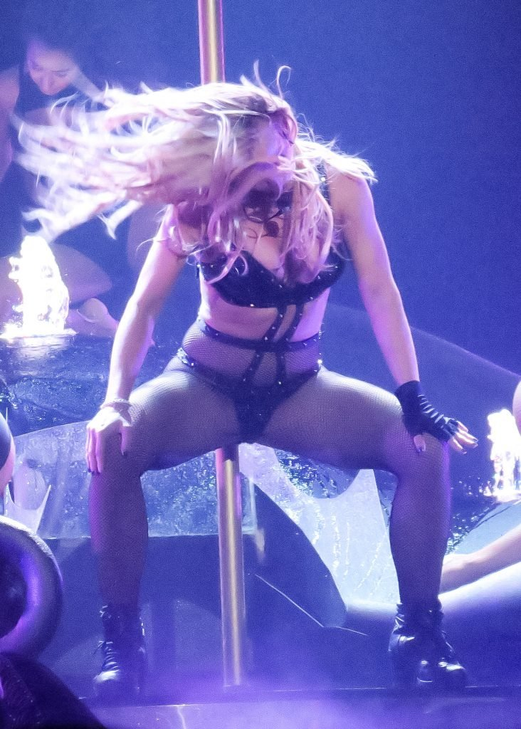 Britney Spears Sexy 33 Photos  Video  TheFappening