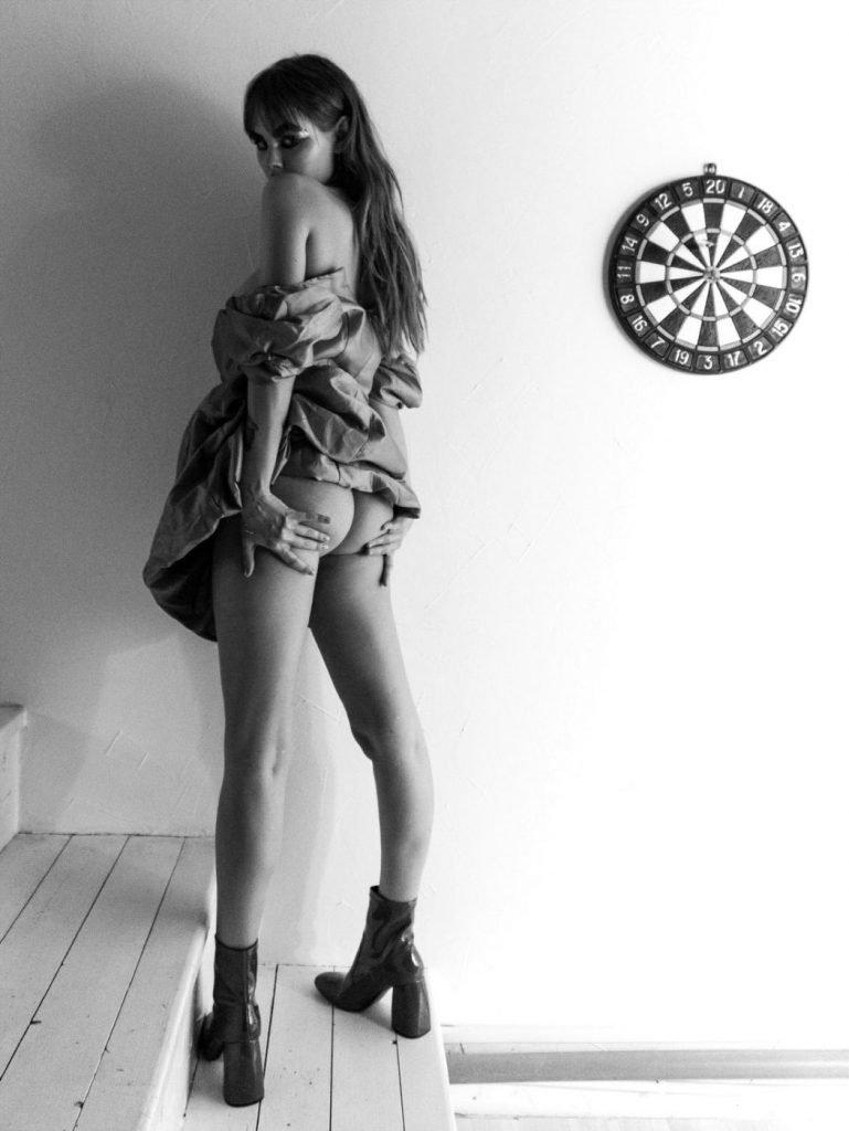 Anastasiya Scheglova Nude & Sexy (23 Photos + Gif)