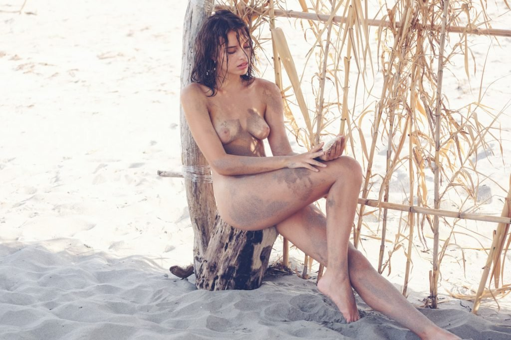 Gloria Fregonese Nude (27 Photos)