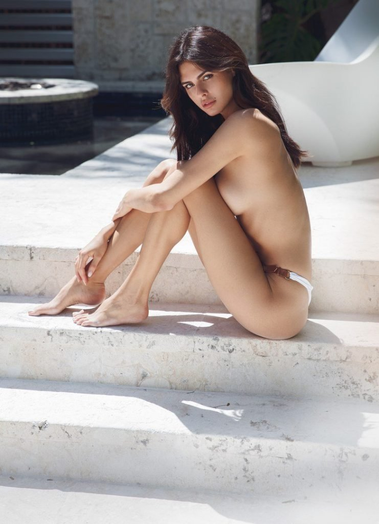Bojana Krsmanovic Sexy & Topless (7 Photos)