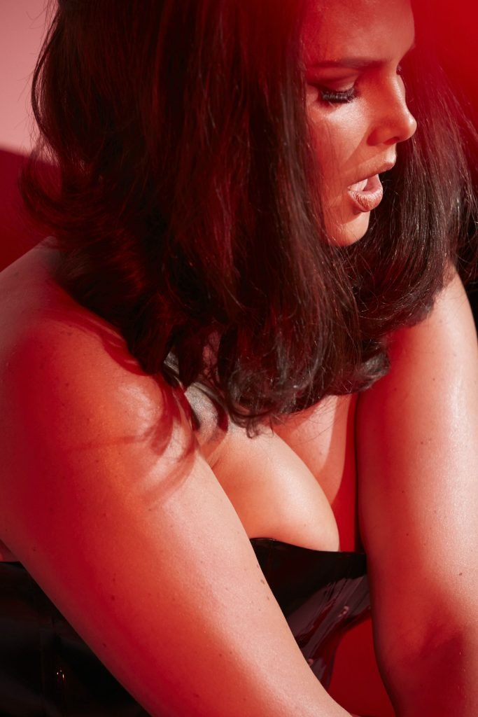 Candice Huffine Nude & Sexy (62 Photos)