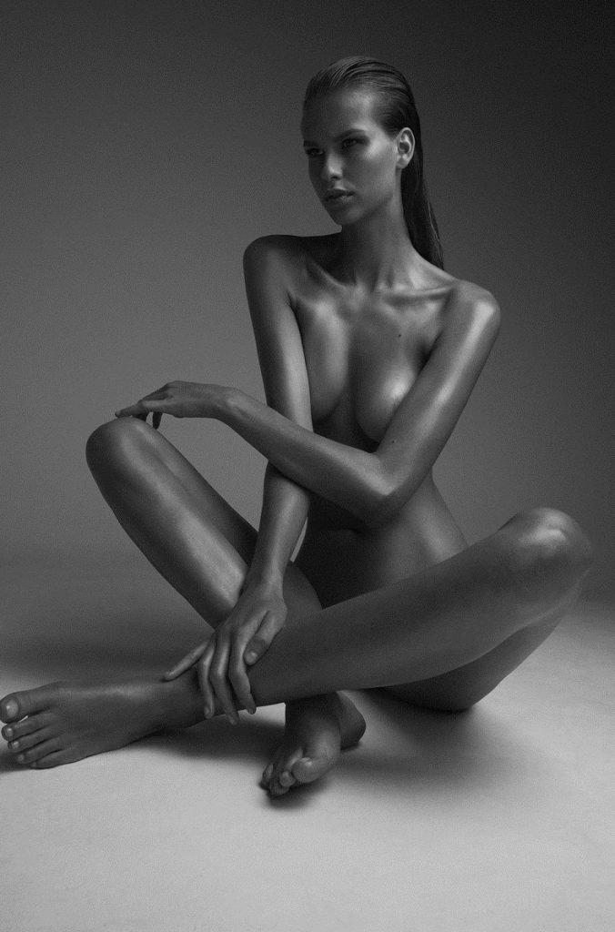 Mariina Keskitalo Nude (8 Photos)
