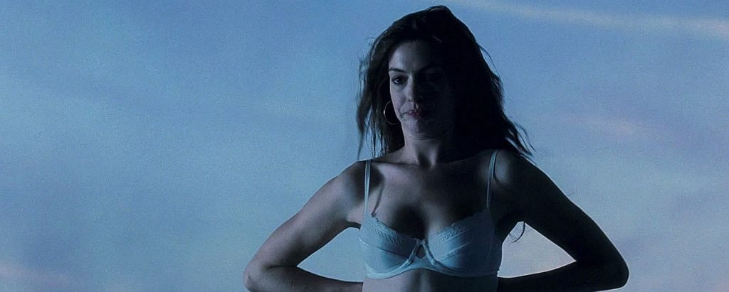 Anne Hathaway Nude and Sexy Scenes (6 Video and 39 Photos)