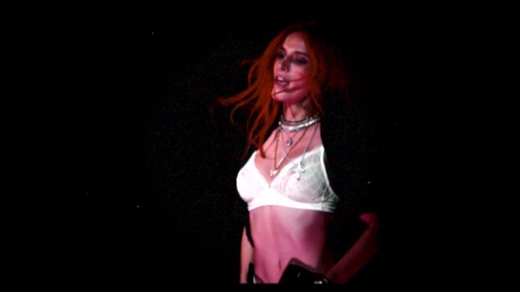 Bella Thorne Sexy & Topless (57 Pics + Video)