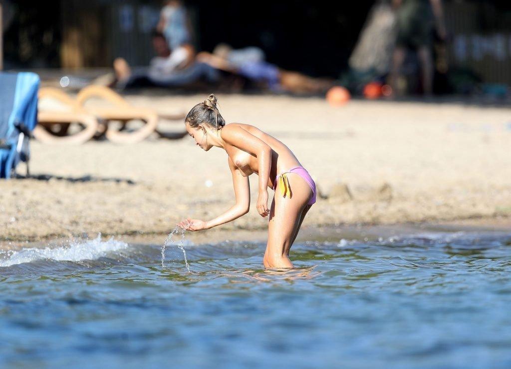 Lady Amelia Windsor Sexy & Topless (57 Photos)