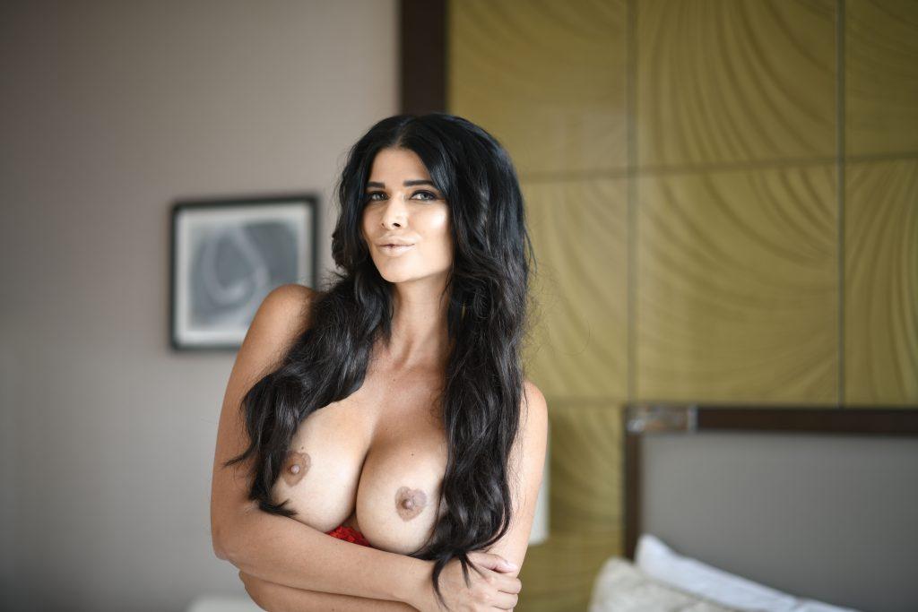 Micaela Schäfer Nude (10 Photos)