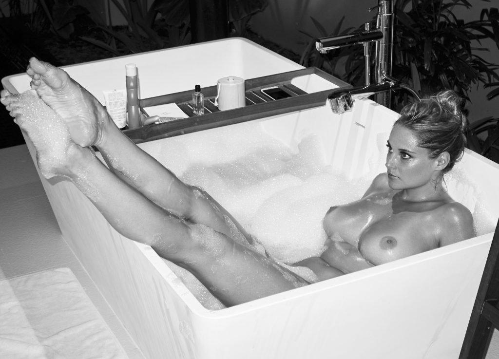 Genevieve Morton Naked (32 Photos)