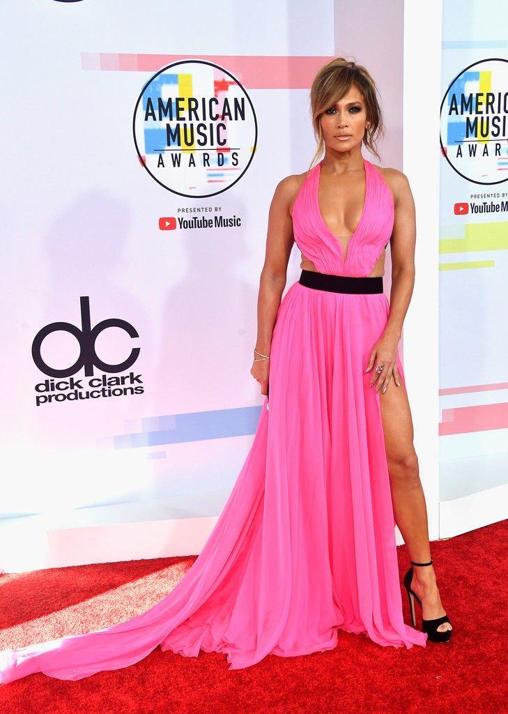 Jennifer Lopez Sexy (16 Photos)