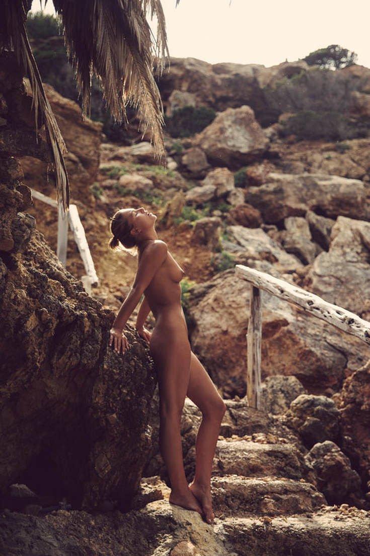 Marisa Papen Nude (16 Photos)