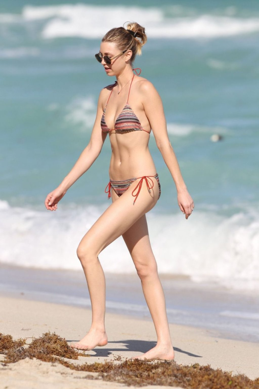 Whitney Port Sexy (77 Photos)