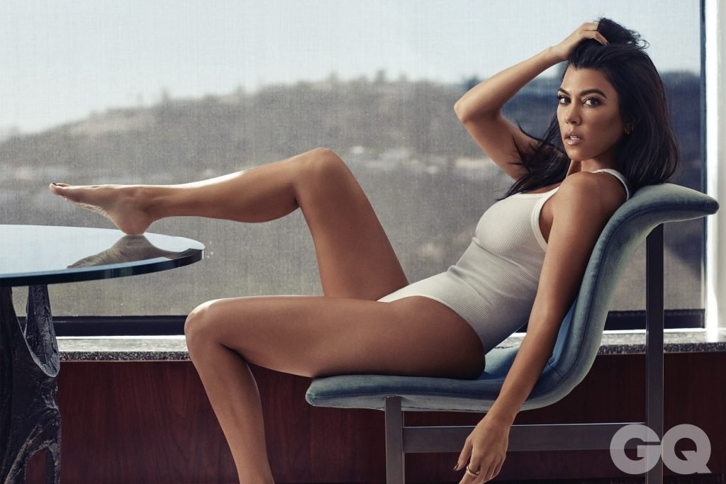 Kourtney Kardashian Nude & Sexy (13 Photos)