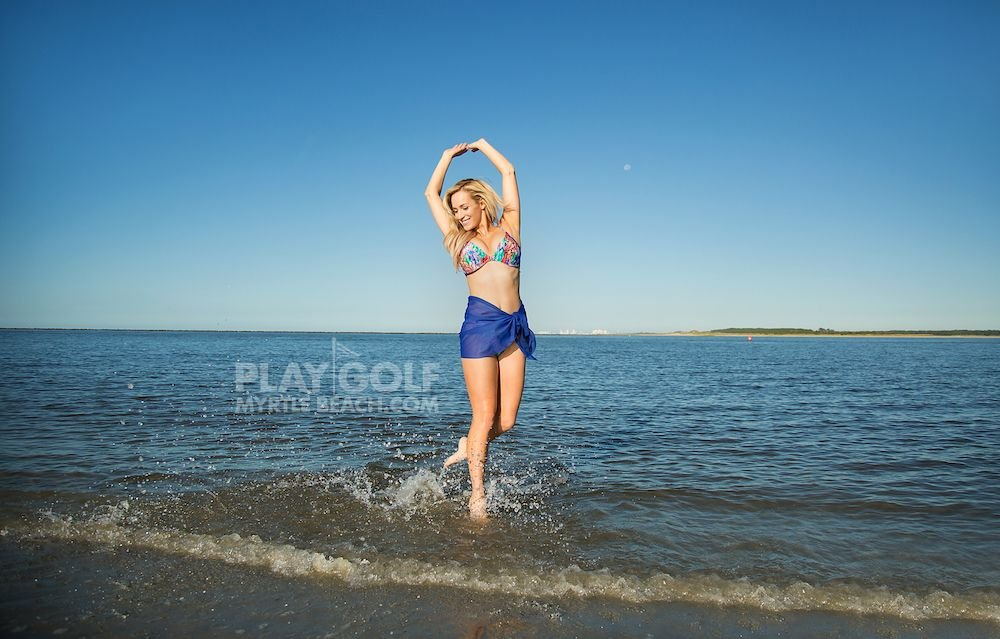 Paige Spiranac Sexy (19 Photos)
