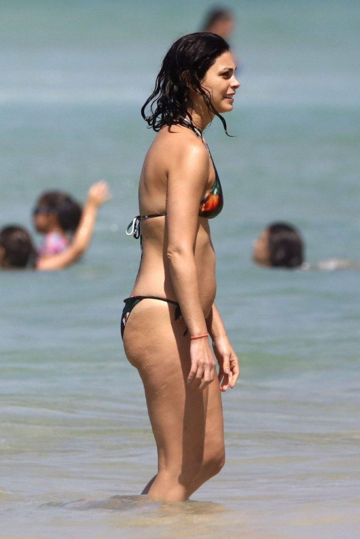Morena Baccarin Sexy (70 Photos)