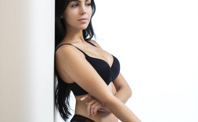 Georgina Rodriguez Sexy 8 New Photos Thefappening
