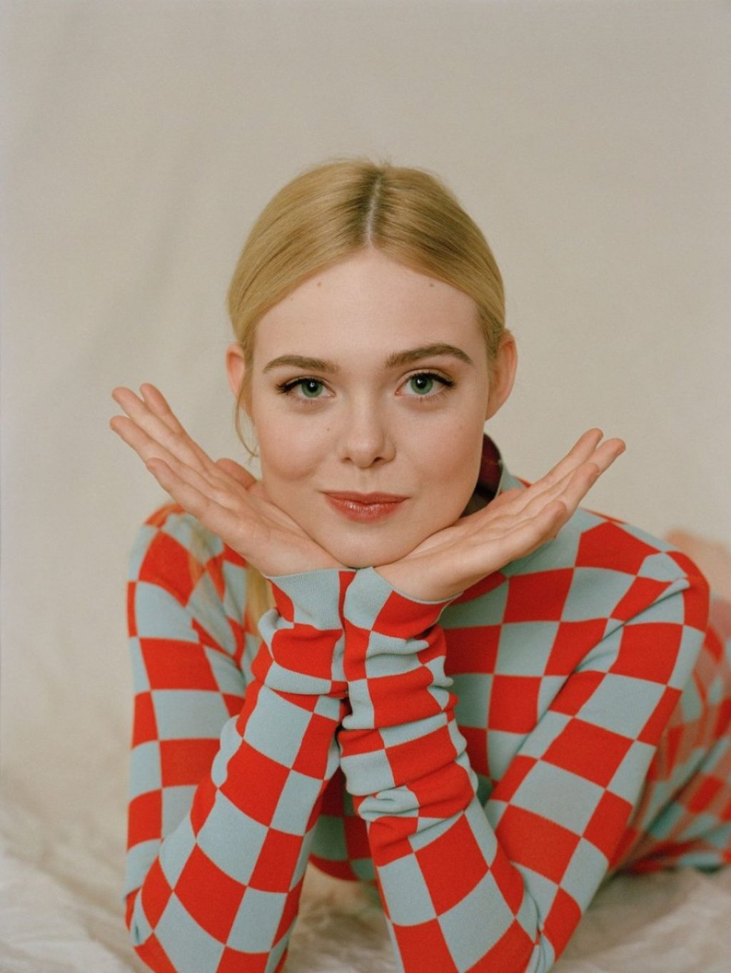 Elle Fanning Sexy (7 Photos)