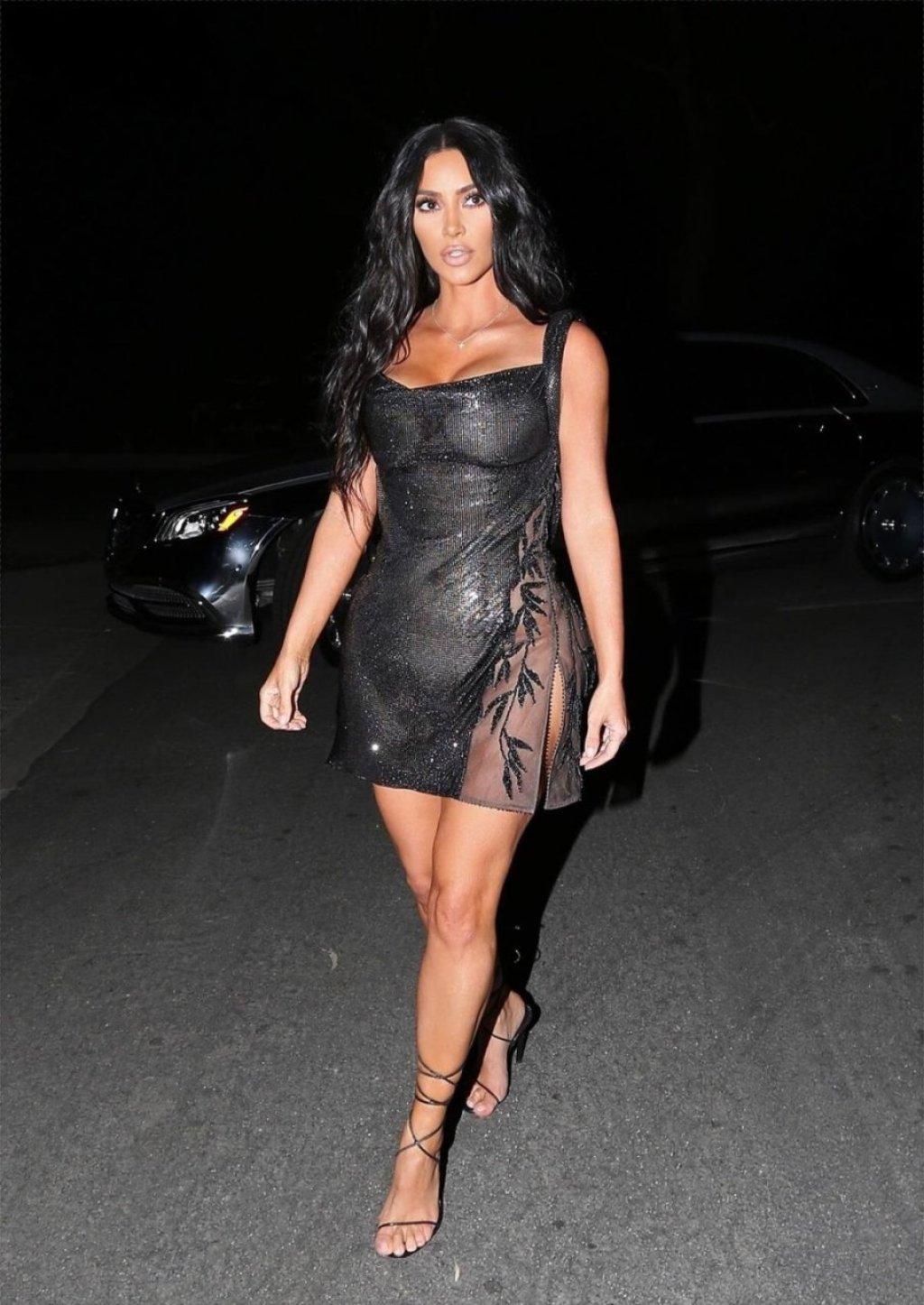 Kim Kardashian See Through (5 Hot Photos)