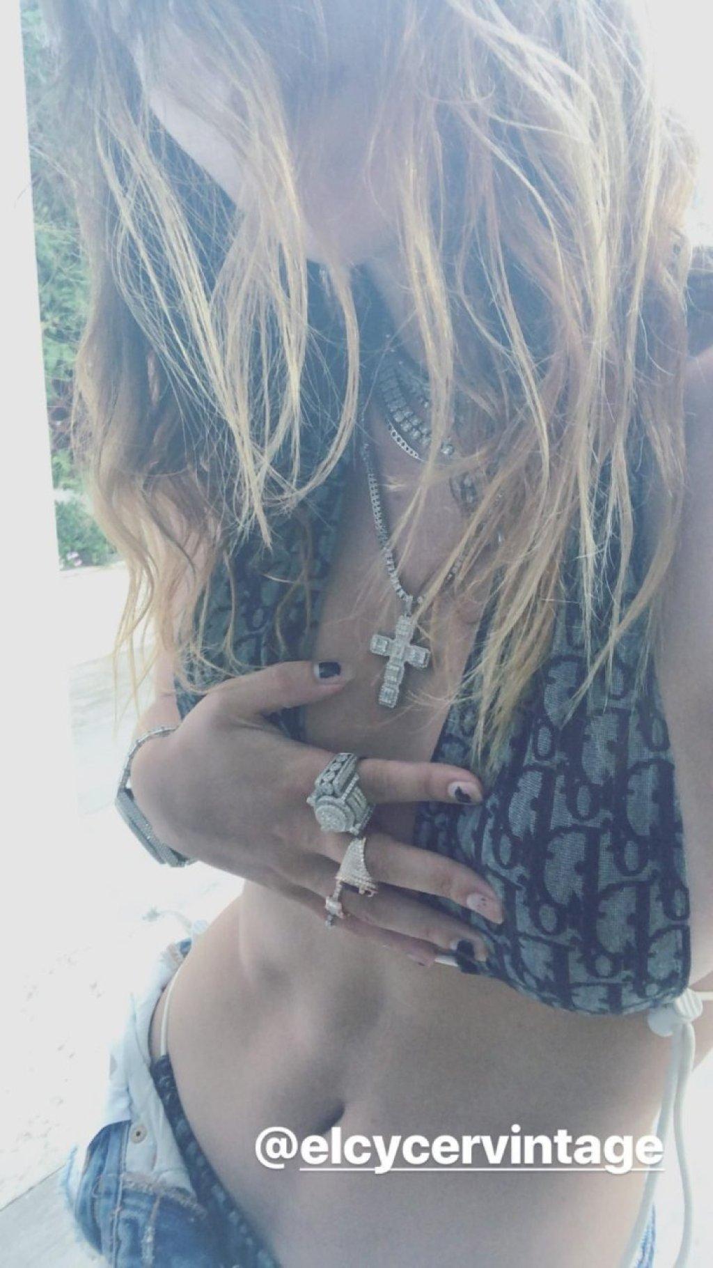 Bella Thorne Sexy (16 Pics + Video)