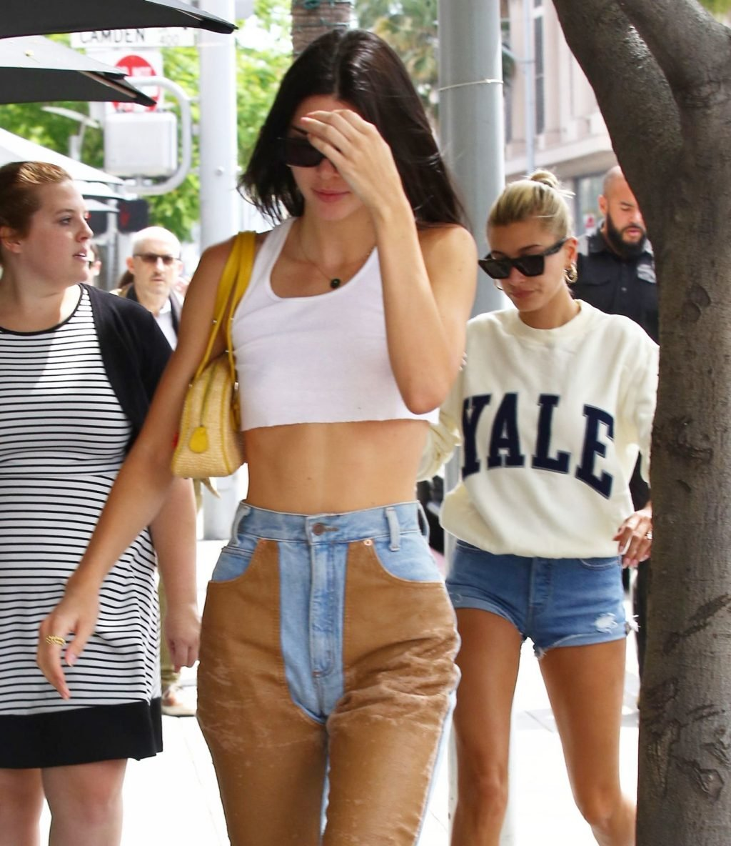 Kendall Jenner & Hailey Baldwin Sexy (75 Photos)