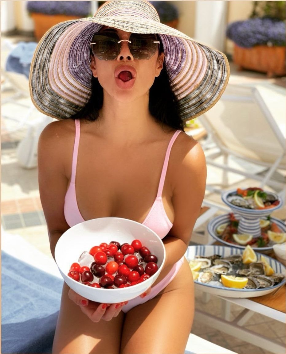 Nicole Scherzinger Sexy (5 Hot Photos)