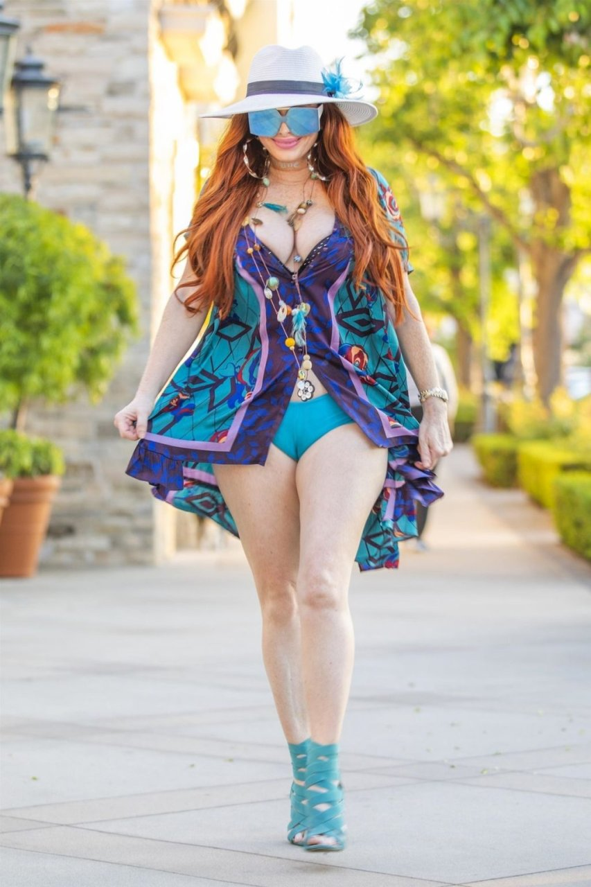Phoebe Price Sexy (14 New Photos)