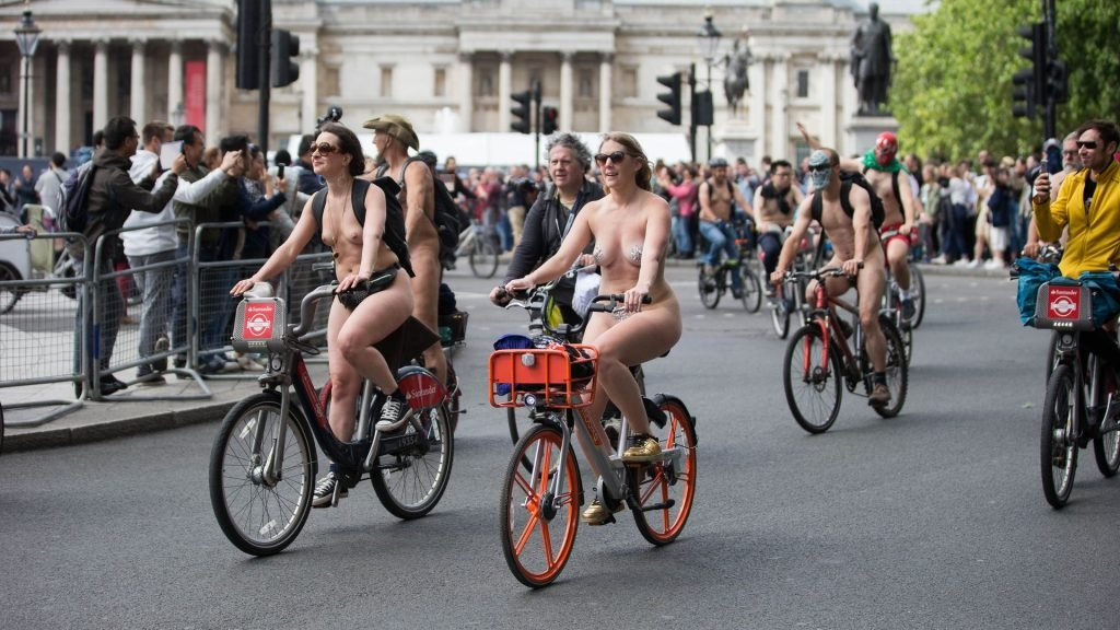 World Naked Bike Ride in London (24 Photos)