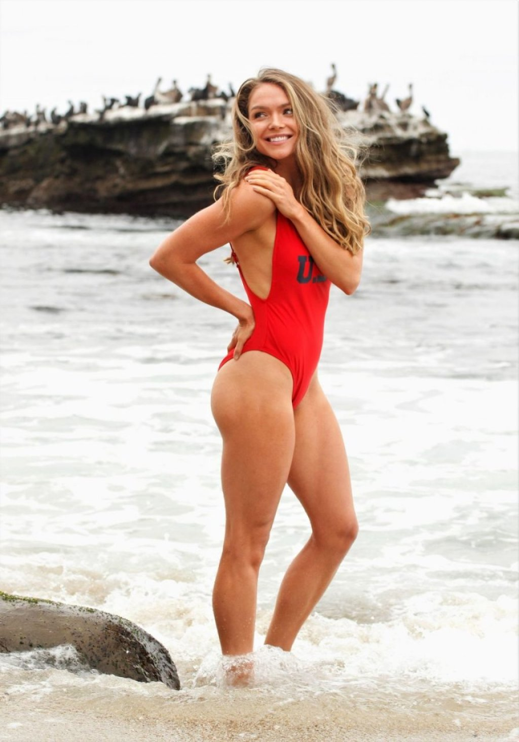 Chari Hawkins Sexy (34 Photos)