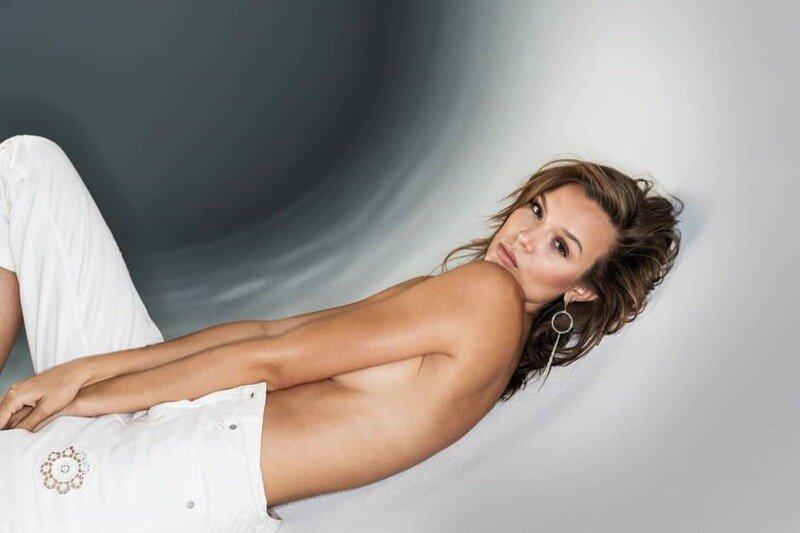 Josephine Skriver Sexy & Topless (10 New Photos)