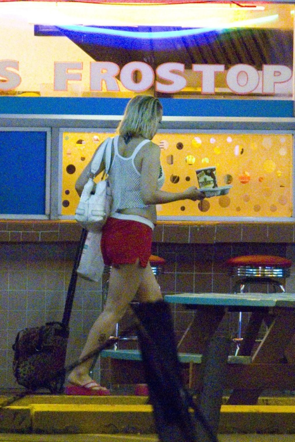 Kate Hudson Sexy (41 Photos)