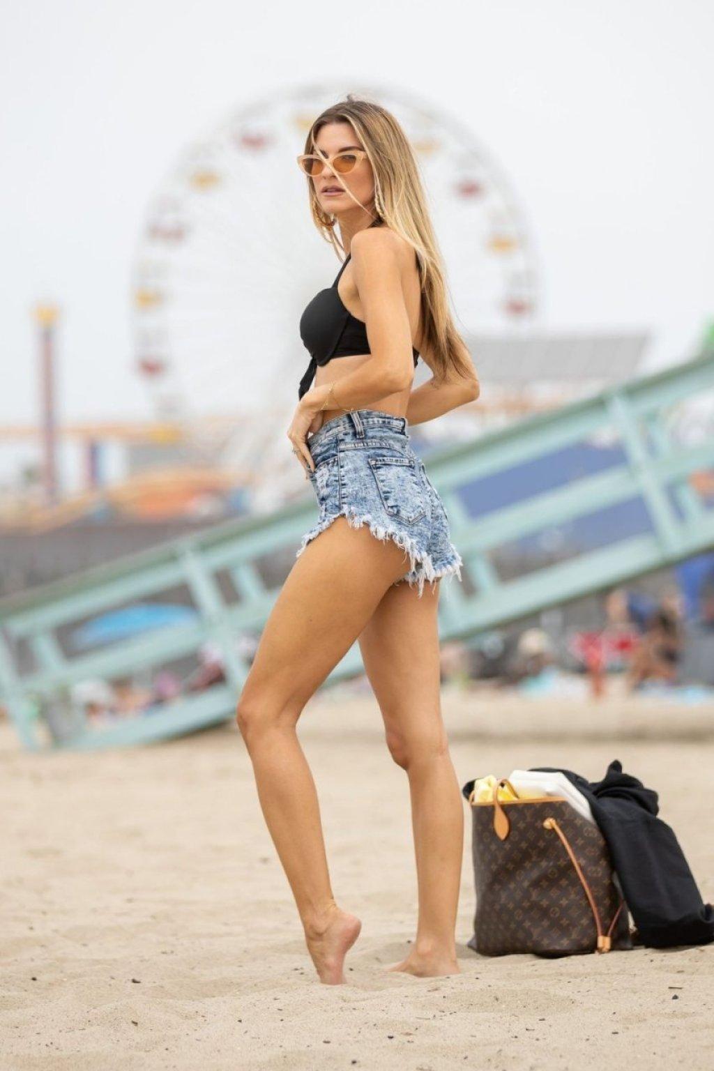 Rachel McCord Sexy (29 Photos)