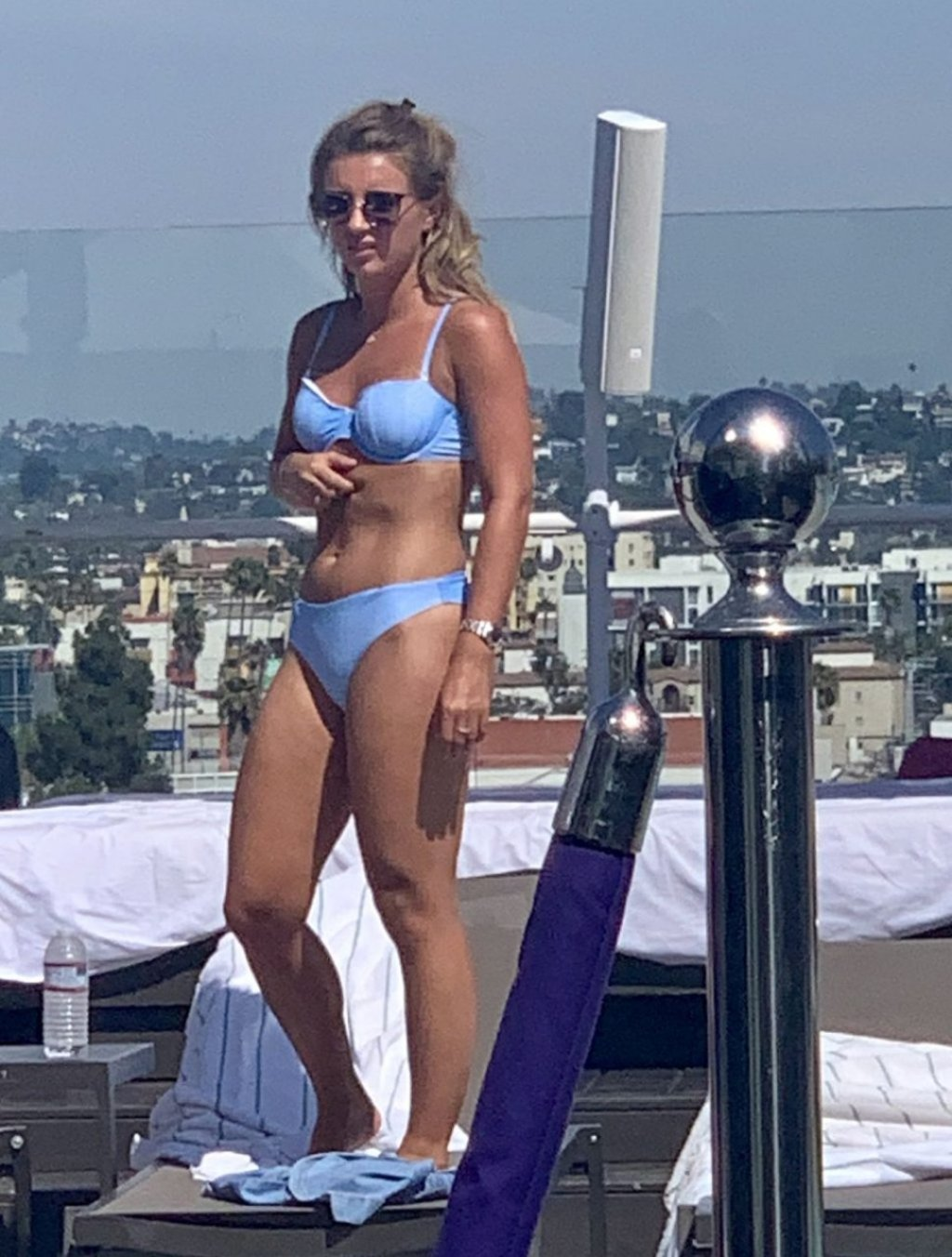 Dani Dyer Sexy (44 Photos)
