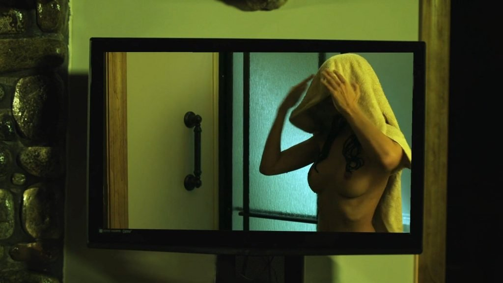 Kerri Taylor Nude – The Family (6 Pics + GIF & Video)
