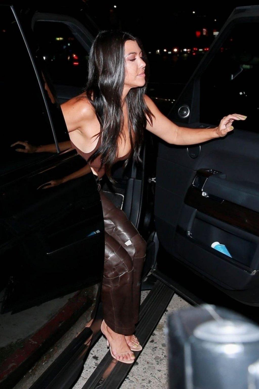 Kourtney Kardashian Sexy (41 Hot Photos)