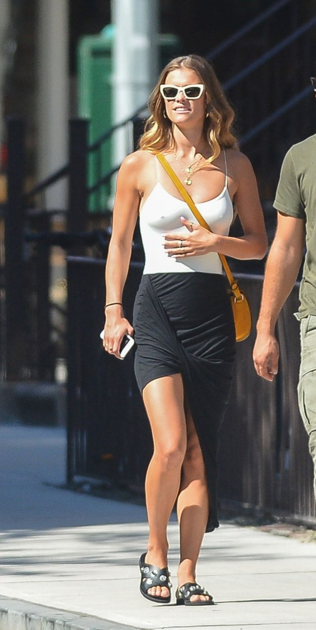 Nina Agdal Sexy (29 New Photos)