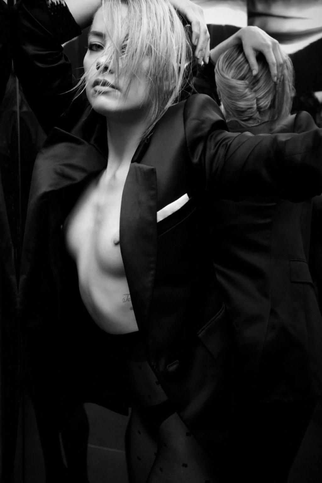 Amber Heard Nude & Sexy (5 Photos)