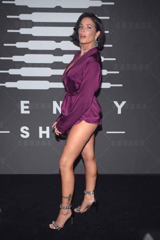 Halsey Sexy (26 Photos)