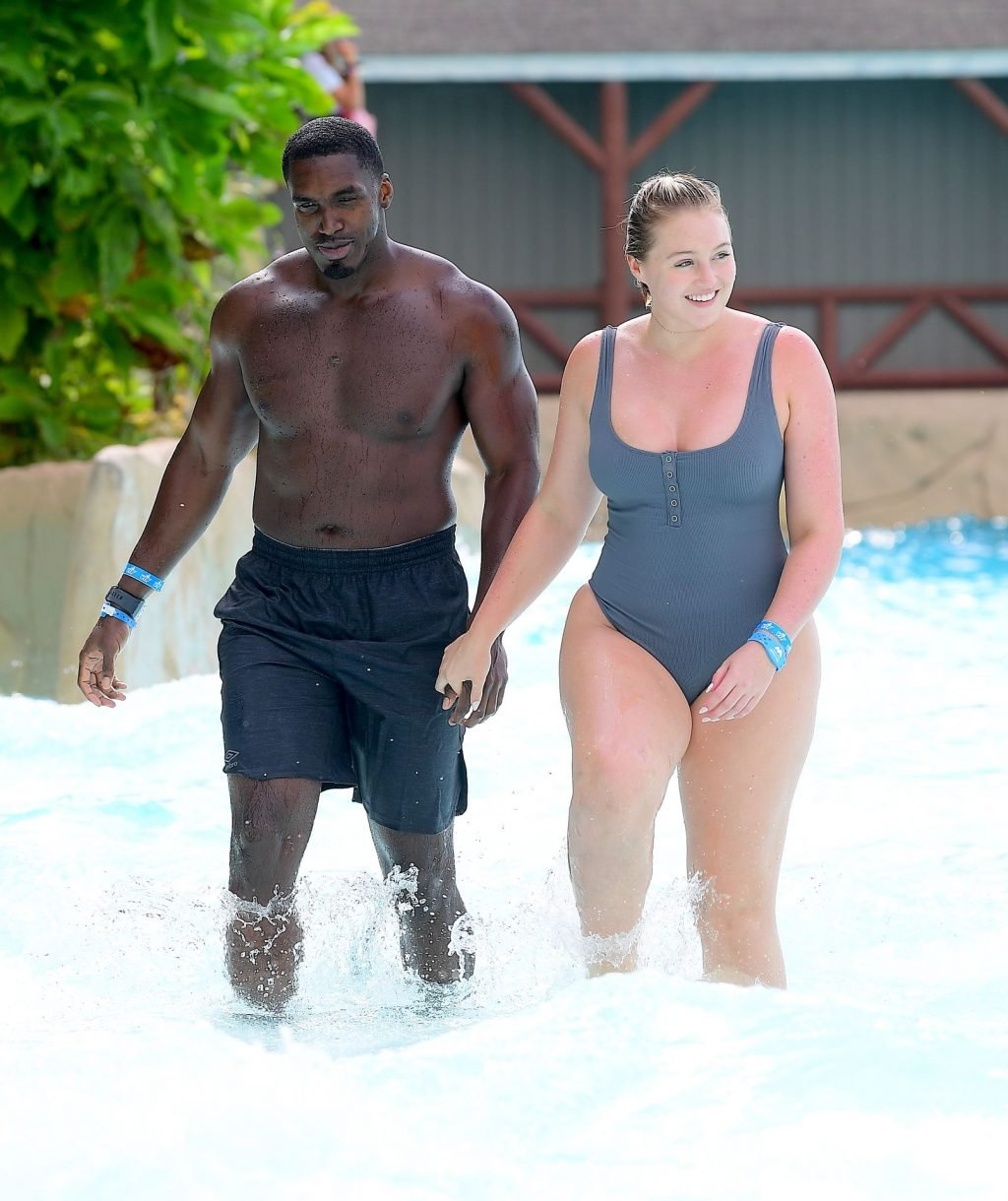 Iskra Lawrence Sexy (37 New Photos)