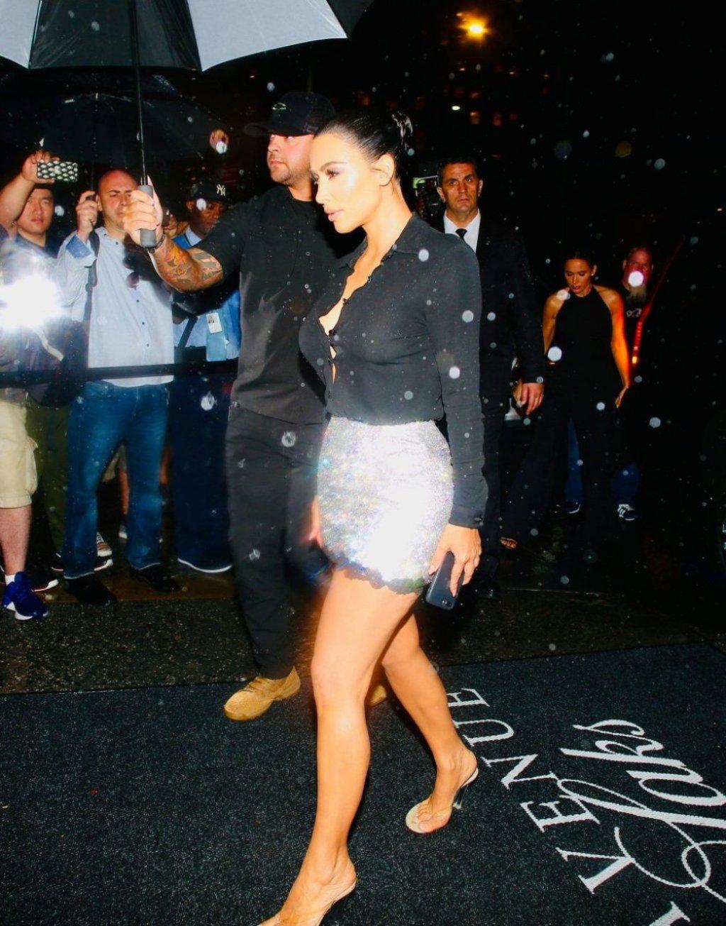 Kim Kardashian Sexy (20 Hot Photos)