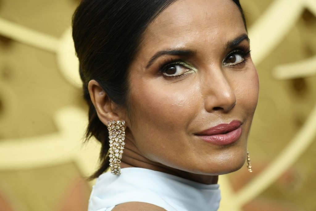 Padma Lakshmi Sexy (11 Photos + Video)