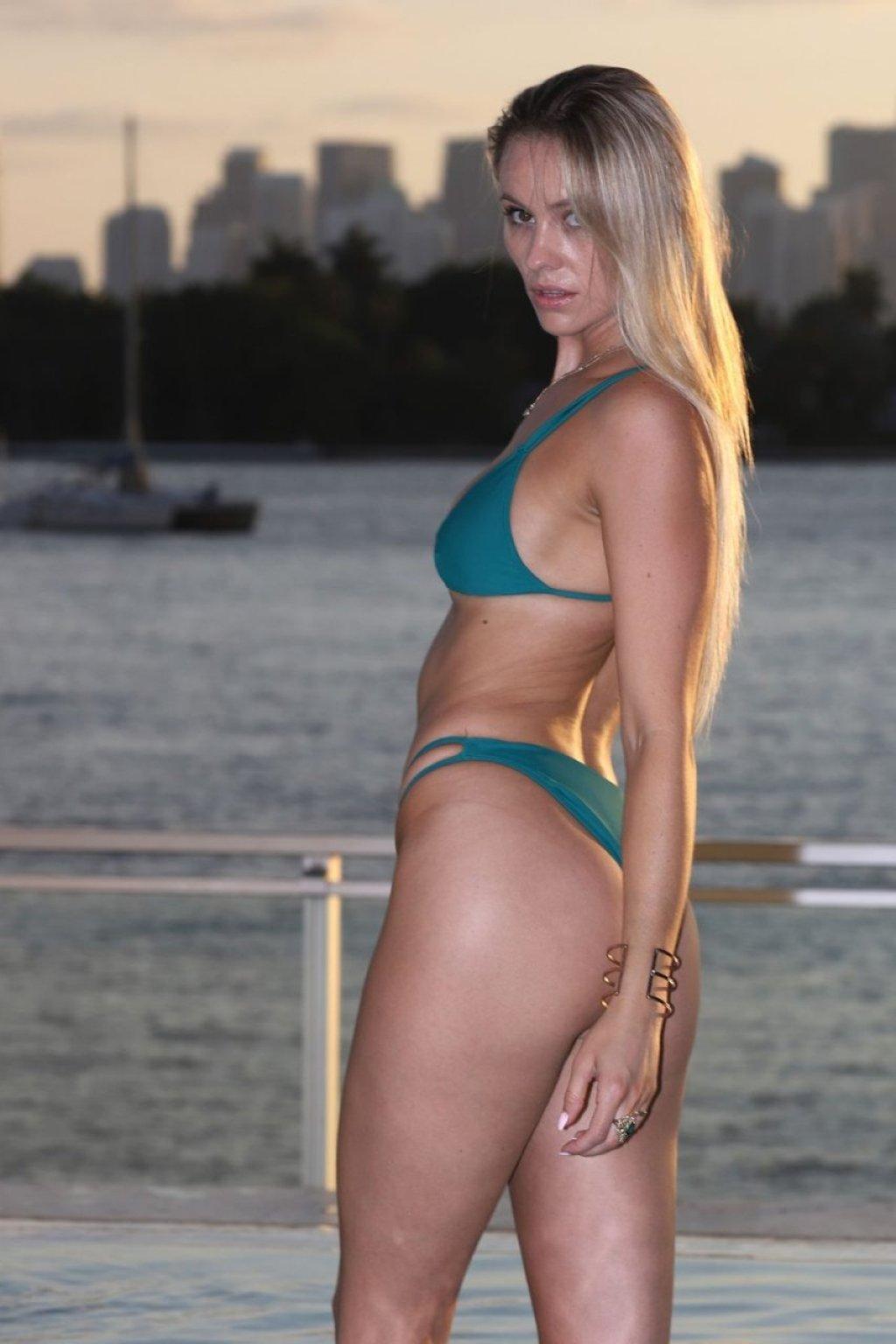 Addie Andrews, Sarah Lace, Dana Wolf Sexy (128 Photos)