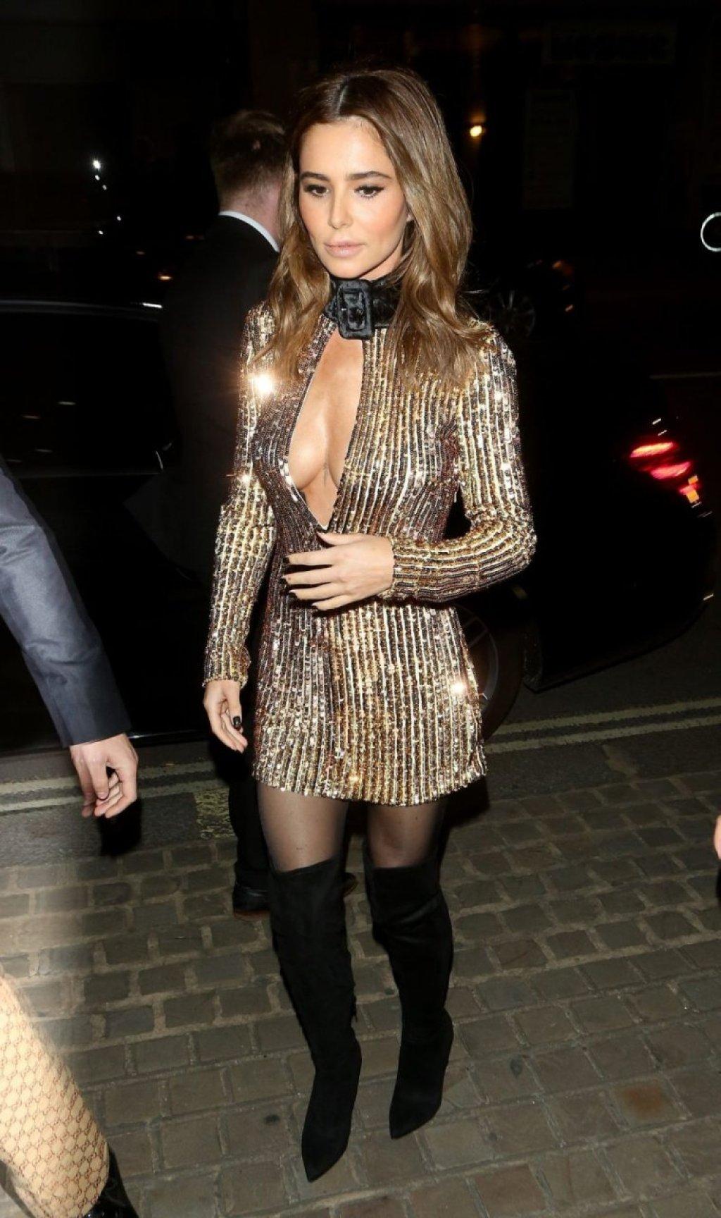 Cheryl Cole Sexy (150 Photos)