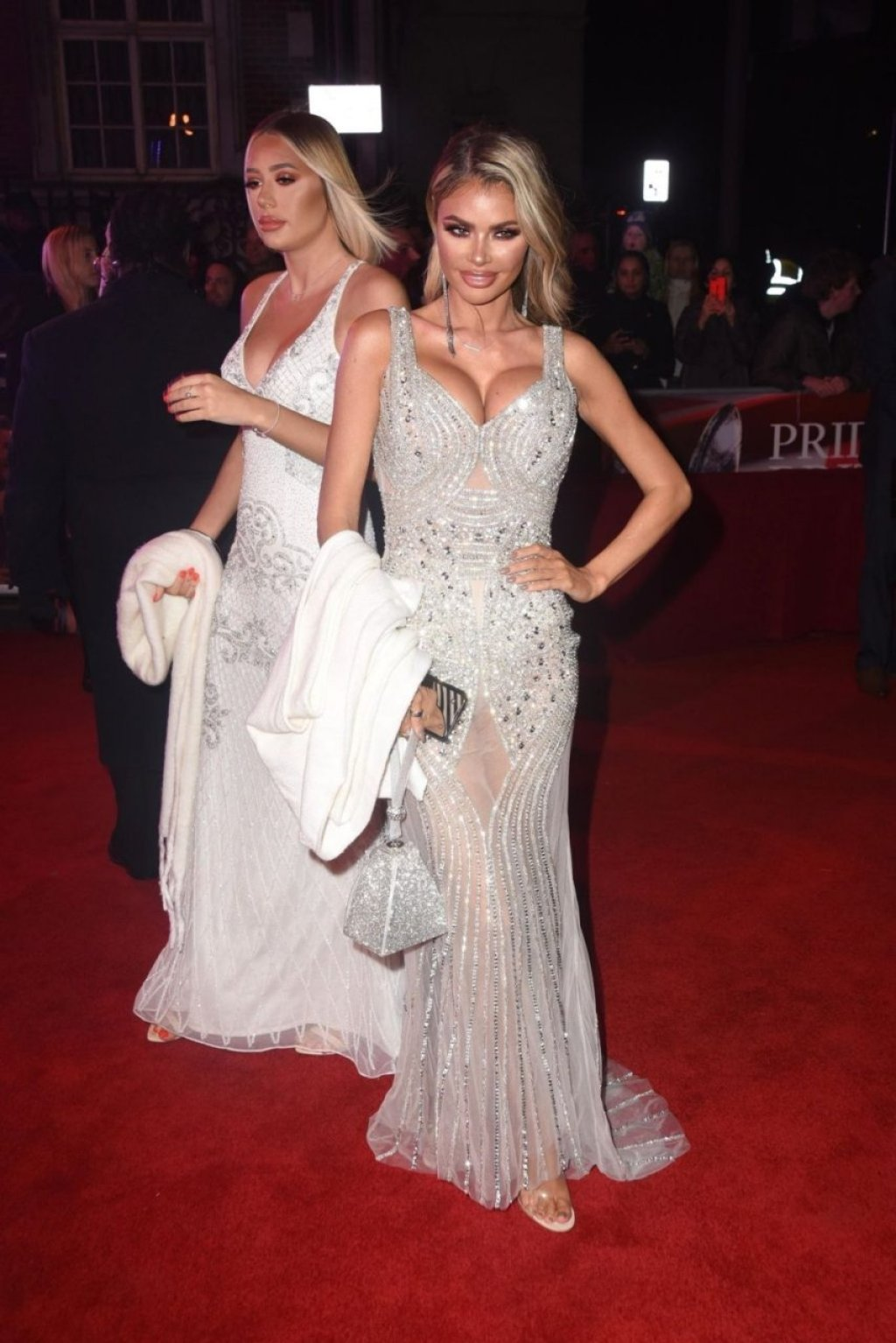 Chloe Sims Sexy (13 Photos + Video)
