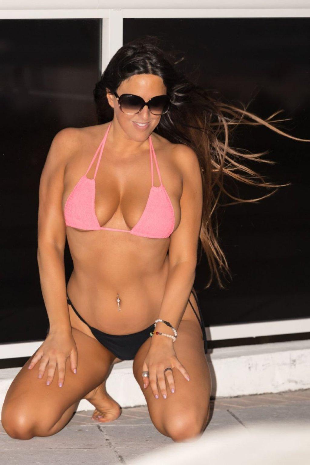 Claudia Romani (15 Hot Photos)